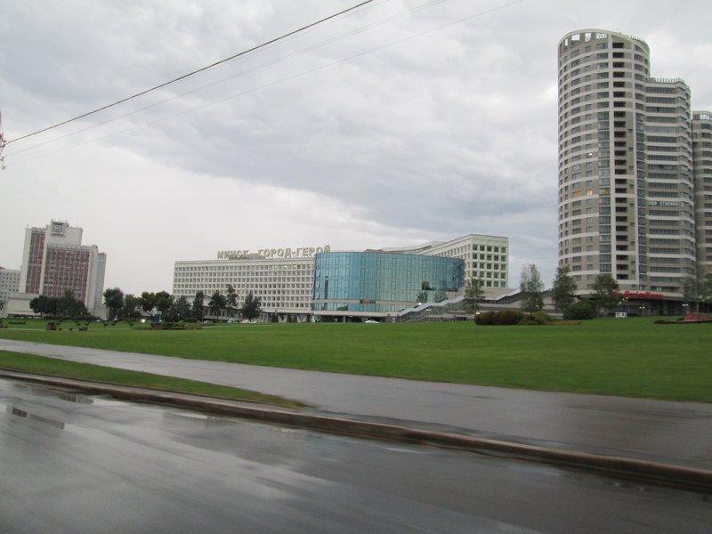 В Минске достаточно много больших интересных зданий