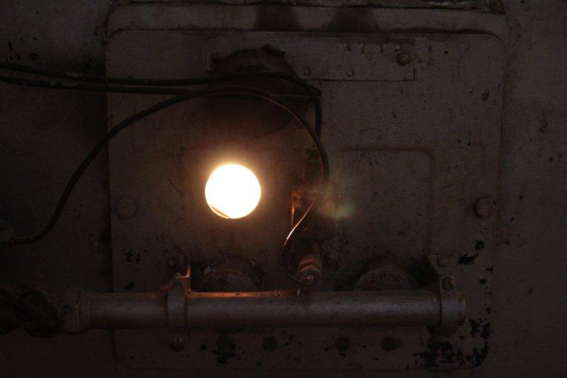 Квартира отапливается двумя газовыми печками, которые нагревают воздух