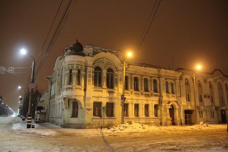 Жилой (?) дом в центре
