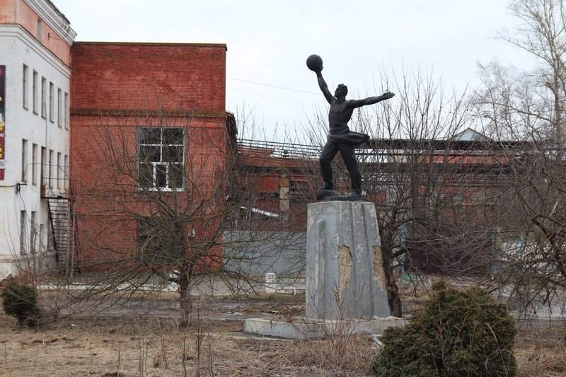 Скульптуры пропагандируют спорт