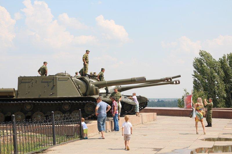 Солдатиков вывезли в музей