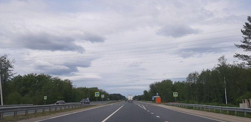 Дороги на всем протяжении перегона Самара-Тамбов - хорошие, ощущение, что мы в какой-то другой стране