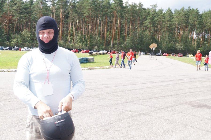 Alexf решил принять участие в кольцевой гонке на время