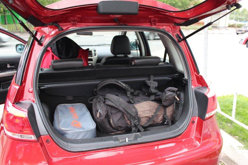 Багажник оказался не очень большим