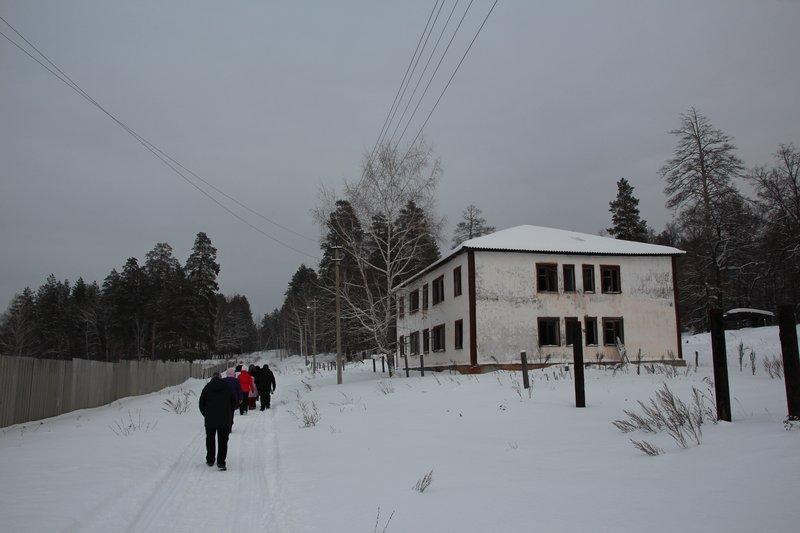 заброшенный детский дом военной постройки