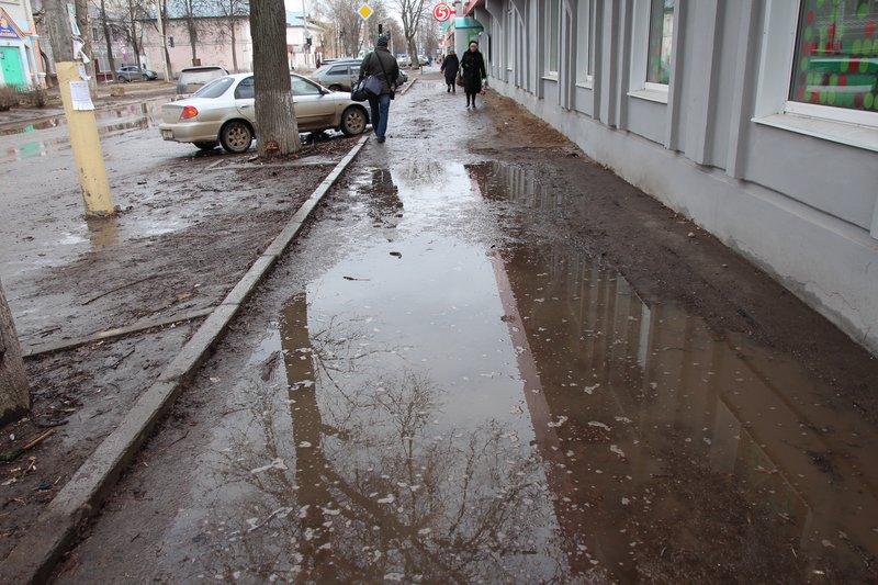тротуаров в Александрове нет