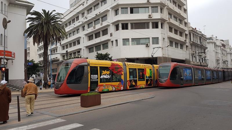 Супер-современные трамваи в среде обитания