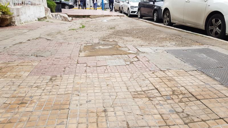 Типичный тротуар